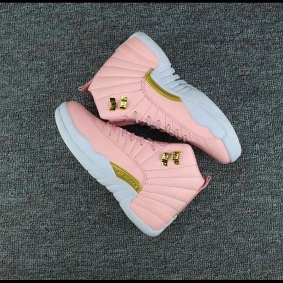 Women pink lemonade basketball shoes
